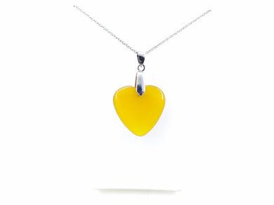 مدال قلبی عقیق زرد به همراه زنجیر استیل رایگان