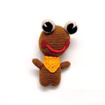تصویر از عروسک قورباغه بافتنی