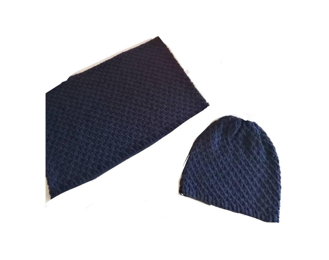 تصویر از کلاه و شال گردنی